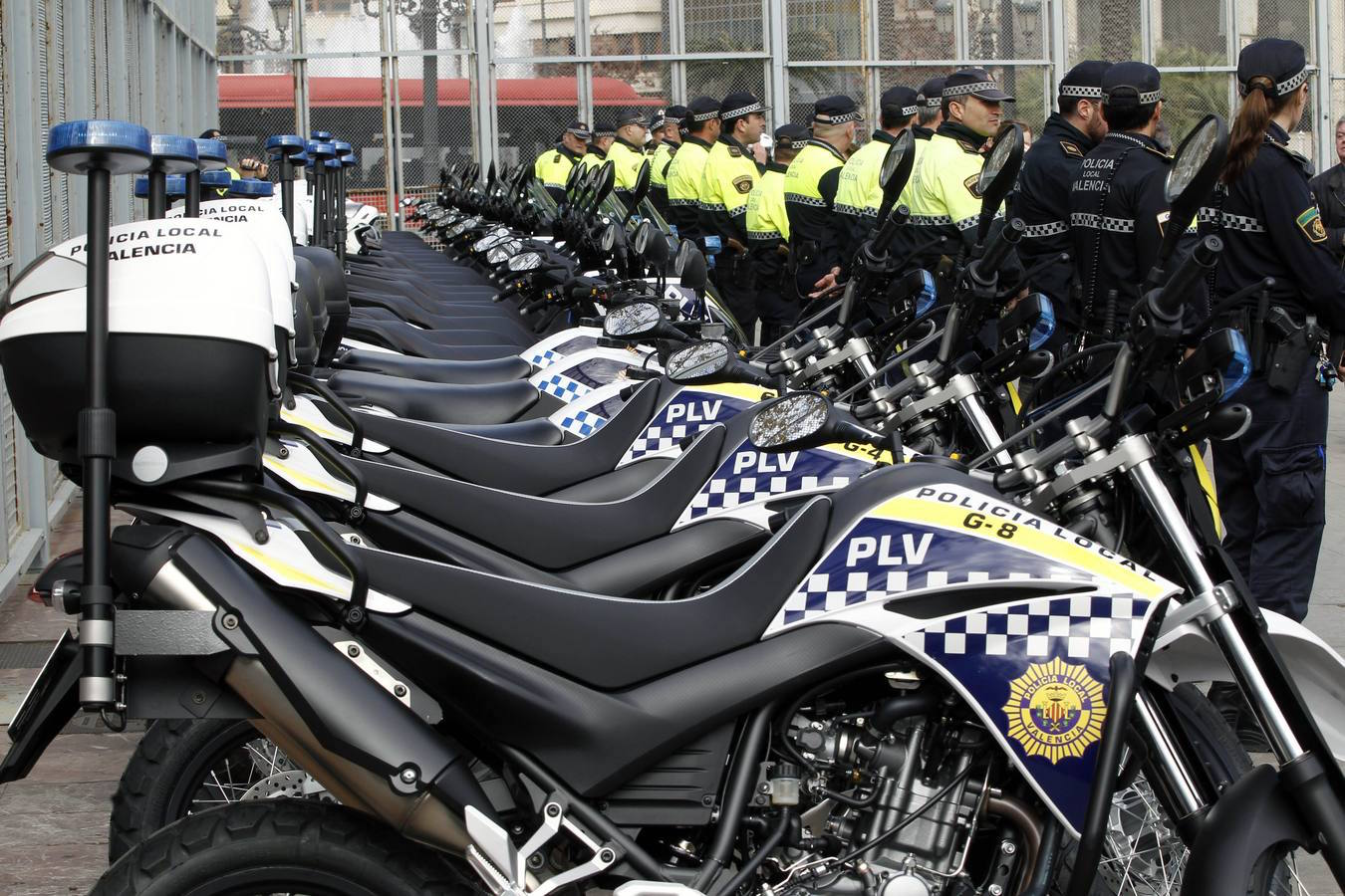Comunitat valenciana. Valencia. Valencia. 18-02-15. Nuevos vehiculos para la policia local. Foto de Irene Marsilla
